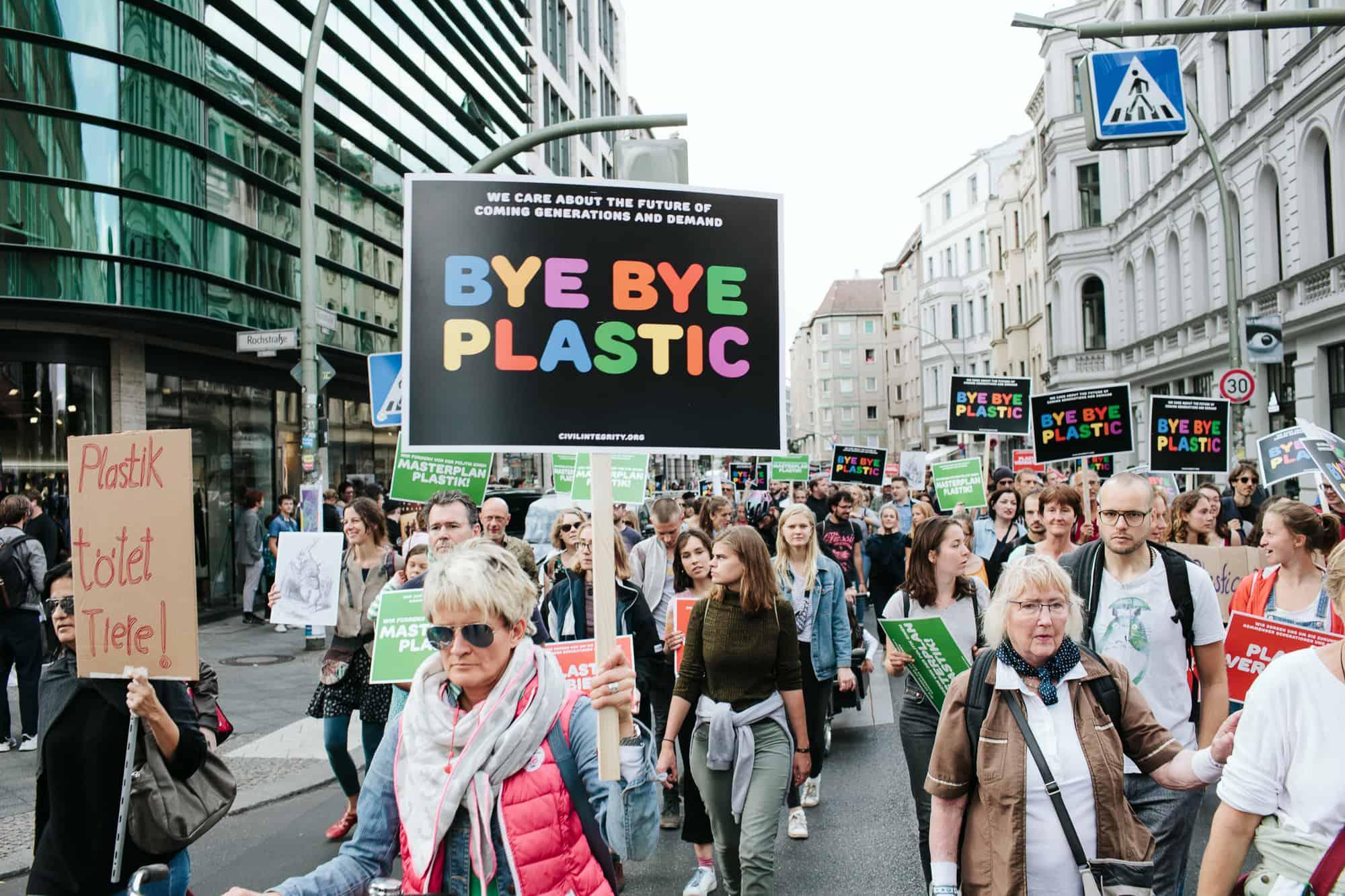 Demonstartion gegen Plastik Berlin Mitte 2018